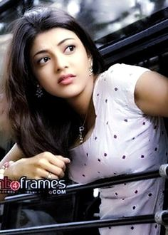 Beautiful Kajal Aggarwal is a Mumbai based south Indian model and film Actress, who appears in Telugu, Tamil and Hindi films. Indian Actress Hot Pics, South Indian Actress, Indian Actresses, South Actress, Actress Photos, Beautiful Girl Photo, Beautiful Girl Indian, Beautiful Women, Most Beautiful Bollywood Actress