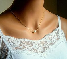 ZX2 LADIES STATEMENT SILVER TONE NECKLACE WITH CREAM FAUX PEARL DROP PENDANT