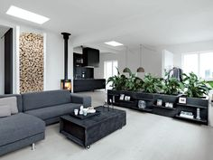 Modern living area with planters and gray furniture Loft Design, Deco Design, House Design, Apartment Interior, Living Room Interior, Open Space Living, Living Spaces, Living Area, Scandinavian Loft