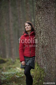 Photoshooting with beautiful brunette female Model