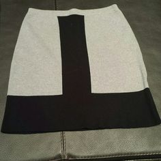 Very cute coton skirt Cotton skirt gray/black. Skirts Midi