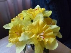 Six Flower Pen Set  Yellow Daffodils by GiftCreation on Etsy, $12.50