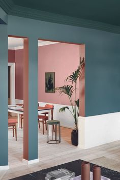 Trends in the home in 2019 - BoligciousBoligcious Amber Interiors, Colorful Interiors, French Furniture, Furniture Design, Furniture Removal, Furniture Ideas, Colour Blocking Interior, Inexpensive Furniture, Green Rooms