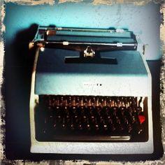 My vintage Italian Underwood 21 typewriter.