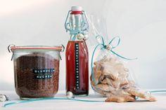 cup and cake: In der Weihnachtsschickerei...gibt's so manche Kleckerei...und Glühweinkuchen