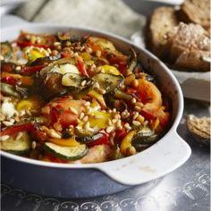 Marokkaanse groenteschotel met spiegelei
