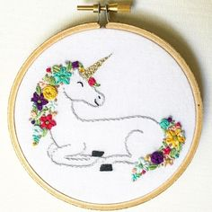Unicorn hoop art Más