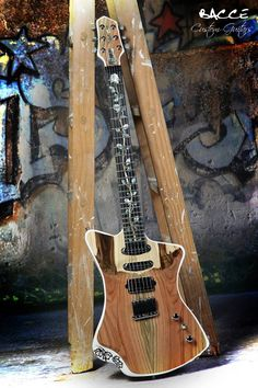 Bacce Occ6 Woman  Very Exclusive 1/1 guitar. Premium Korina (White Limba) solidbody (1 piece) Mastergrade Savage Pistaccio top. Maple / Wemgue 3ply neck. Premium Curly Ebony fretboard.