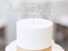 Gold wire personalized couple's names with heart in between Dog Cake Topper, Custom Cake Toppers, Wedding Cake Toppers, Baseball Wedding Cakes, Gold Cupcakes, Wood Cake, Acrylic Cake Topper, Rustic Cake, Colorful Cakes