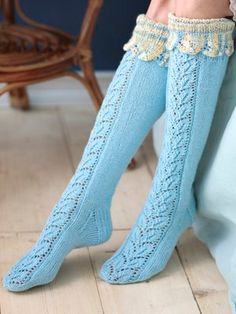 Long lace socks Novita Nalle and Nalle Taika Lace Socks, Wool Socks, Knitted Slippers, Slipper Socks, Lace Knitting, Knitting Socks, Knitting Patterns, Laine Rowan, Thigh High Socks
