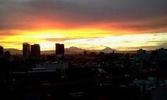 A daily miracle. Mexico City, Seattle Skyline, Celestial, Sunset, Travel, Outdoor, Places, Hipster Stuff, Voyage