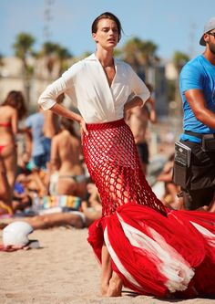 Hitting the beach, Rianne ten Haken stars in the November 2016 issue of Harper's Bazaar Spain. Clad in all looks from Jean Paul Gaultier, the Dutch model poses… Fashion Editor, Editorial Fashion, Harper's Bazaar, Valentino Couture, Campaign Fashion, Hair Styles 2016, Photos Of Women, Female Images, Ten