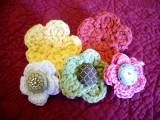Best crochet flower tutorial I've seen. :) Very easy if you know a few basic stitches.