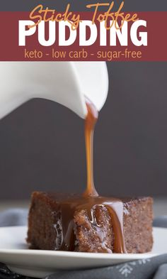 This keto friendly Sticky Toffee Pudding recipe features a tender, moist almond flour cake smothered in a rich sugar free toffee sauce. A heavenly low carb dessert! via 6 Awesome Keto Brownie Recipes Keto Pudding, Sugar Free Pudding, Pudding Recipes, Sugar Free Toffee Recipe, Pudding Desserts, Sticky Toffee Pudding Cake, Toffee Cake, British Desserts, Low Carb Sweets