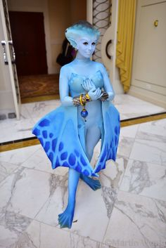 (Legend of Zelda: Occarina of Time) Princess Ruto cosplay with real depth on the arms and head - OK, woah.