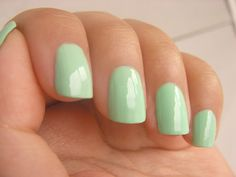 I think I'm somewhat over all the super bright and bold nail designs, for ST. PATRICK'S DAY, I'm gonna go with a simple green like this one! And I'll still be in the spirit of things! Mint Green Nails, Mint Nails, Gel Nails, Toenails, Manicures, Mint Nail Designs, Nail Designs Spring, St Patricks Day Nails, Green Nail Polish