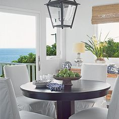 Blue California Cottage: Dining Room