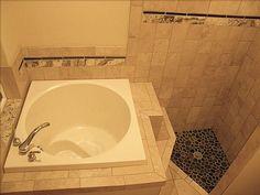 Contemporary Japanese Soaking Tubs: Contemporary Japanese Soaking Tubs With Modern Faucet And White Small Soaking Tubs