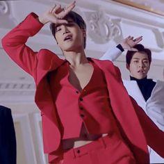 M a g i x 🍑 Love shot Exo Kai, Exo Ot12, Kaisoo, Kyungsoo, Chanyeol, Asian Boy Band, Kim Minseok, Kim Junmyeon, Kpop Exo