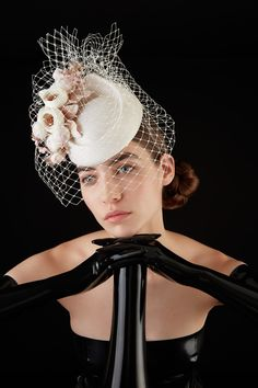 Galleries of haute couture and ready to wear hat collections and handbags. Victorian Fashion, Gothic Fashion, Fascinator Headband, Fascinators, Headpieces, Philip Treacy Hats, Katherine Elizabeth, Mad Hatter Hats, Kentucky Derby Hats