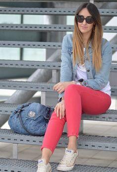 Pantalon rosa con mezclilla