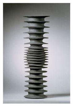 Beautiful & strong sculpture cm x 19 cm, by Italian-born, Denmark-based ceramic artist Sandra Davolio (b Wonderful! via Lancia Trend Visions Pottery Vase, Ceramic Pottery, Vases, Totems, Hand Built Pottery, Keramik Vase, Paperclay, Contemporary Ceramics, Ceramic Artists
