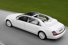 Mercedes Maybach Landaulet 1.38-Million