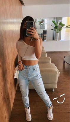 Latest Outfits, Teen Fashion Outfits, Mode Outfits, Look Fashion, Cute Comfy Outfits, Simple Outfits, Classy Outfits, Trendy Outfits, Looks Style