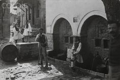 Men gather at the village fountains-Fred Boissonnas Old Photos, Vintage Photos, National Geographic Images, Greece Photography, Rich Image, 10 Picture, The Good Old Days, Photo Library, Royalty Free Photos