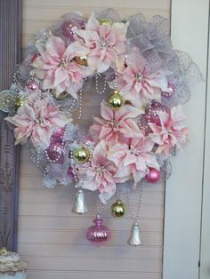 Here are the best Shabby Chic Christmas Decor ideas that& give your room a romatic touch. From Pink Christmas Tree to Shabby Chic Christmas Ornaments etc Tulle Christmas Trees, Vintage Pink Christmas, Shabby Chic Christmas Decorations, White Christmas Ornaments, Noel Christmas, Christmas Wreaths, Christmas Crafts, Advent Wreaths, Xmas Trees