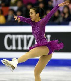 女子SPの演技をする浅田 (800×919) http://www.nikkansports.com/sports/figure/asada-mao/photo/article/1578482.html