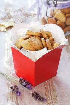 Lavender biscuits - FROM THE FABULOUS TOORKOMBUIS BLOG