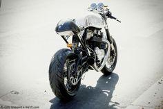 Norton Commando 961 Domiracer Limited - Via 4H10 #motorcycles #caferacer #motos | caferacerpasion.com