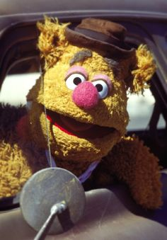 Fozzie Bear - the Muppets Jim Henson, Sesame Street Characters, Cartoon Characters, Elmo, The Muppet Movie, Die Muppets, Fraggle Rock, Nyan Cat, Miss Piggy