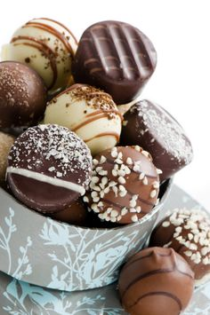 truffles!!!!!!!might need to try these... love me some chocolate!!!!!