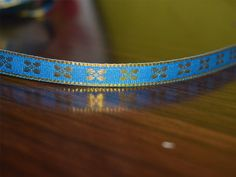 Blue hand loom border with gold zari, Trim / lace, Traditional Metallic Thread Design Sew Lace, ribbon / gift wrap by 8 Yards
