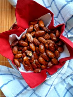 Rasted almonds