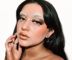 💘 Cupid 💘 Iba a dejar de subir maquillajes de San valentin el 14 pero tenía muchas ganas de hacer este maquillaje 💗💗 también es mi segunda… Make Up, Earrings, Jewelry, Fashion, Maquillaje, Jewellery Making, Moda, Maquiagem, Stud Earrings