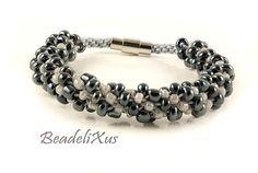Beaded kumihimo bracelet Glossy black  White pearl by Beadelixus