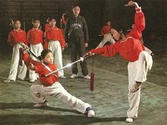 A wushu lesson at the Beijing Spare-time Sports School (c.1982).