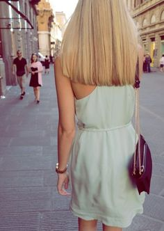 Loving this look. Long, straight hair that's cut blunt and layer-free.