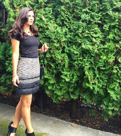 Meanwhile, today's look has left me feeling uber chic in this @HM skirt that I totally adore!