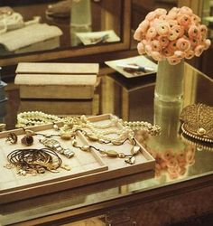 The Gold Closet Katie Lee Joel's dressing room in March's Town and Country reads like a jewelry box from the Deco era. Designer Nate Berkus and.
