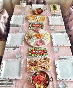 Sunumlar Ramadan Decoration, Food Decoration, Breakfast Presentation, Food Presentation, Food Plating Techniques, Turkish Breakfast, Food Platters, Food Displays, Breakfast Lunch Dinner