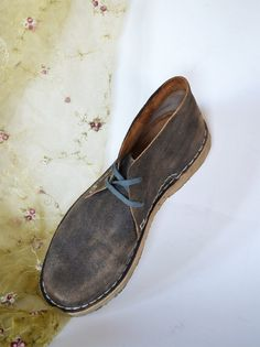 Handmade Curried Leather Unisex Classic Desert by MDesignWorkshop, €130.00