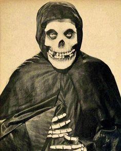 La Hora Punk Rock Latam®️ (@lahorapunkrocklatam) posted on Instagram • Aug 9, 2020 at 1:49am UTC Arte Horror, Horror Art, Horror Movies, Beetlejuice, Heavy Metal, Misfits Band, The Misfits, Danzig Misfits, Arte Punk