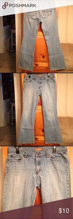 "AEROPOSTALE DISTRESSED BOOTCUT JEANS Women's 12 Excellent condition distressed BOOTCUT jeans by AEROPOSTALE! Size women's 12 LONG. Waist: 17.5"" across lying flat. Rise: 9"". Inseam: 32.5"". Material: 100% cotton. Aeropostale Jeans Boot Cut"