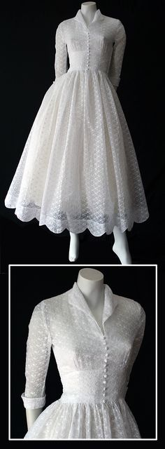 ~Delightful vintage 50s white embroidered organdy wedding dress~