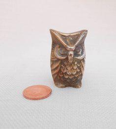 Small Brass Owl Figurine - Vintage Owl Ornament - Retro Collectible Owl - Vintage Home Decor, Brass Knicknack, Steampunk Owl, Brass Decor