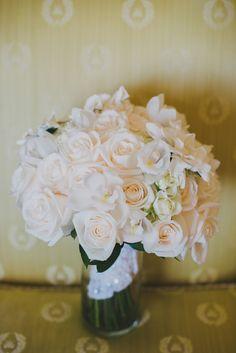 classic light peach bouquet, photo by SetFour Photographers http://ruffledblog.com/multicultural-san-diego-wedding #weddingbouquets #flowers